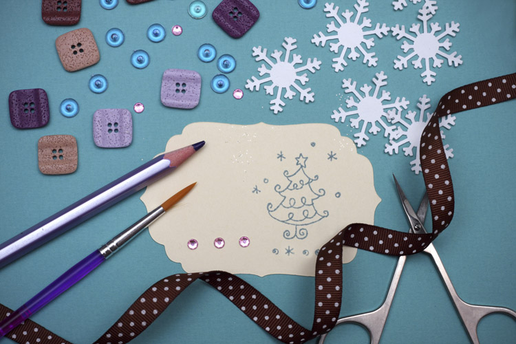 Get creative this holiday season with these do-it-yourself projects.