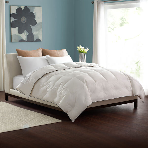 Light Weight Comforter Lifestyle Image