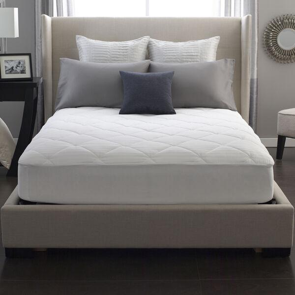 Restful Nights® 100% Cotton Mattress Pad Lifestyle Image