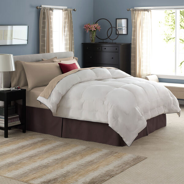 Lunesse™ Comforter Lifestyle Image