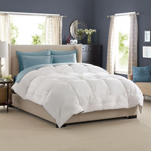 SuperLoft Deluxe Comforter Lifestyle Image