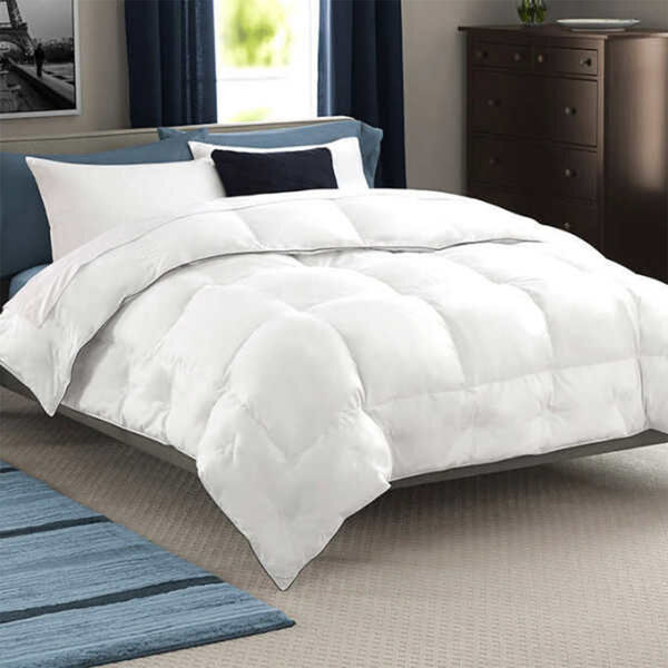 Luxurious Hungarian White Goose Extra Warmth Down Comforter Lifestyle