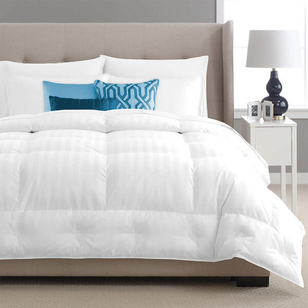 Luxurious Down Comforter - Lifestyle Featured