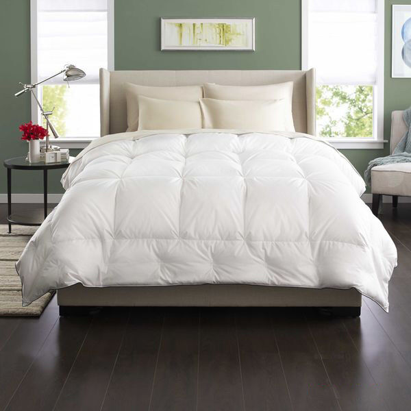 Classic  Superfloft™ Down Comforter Lifestyle Image